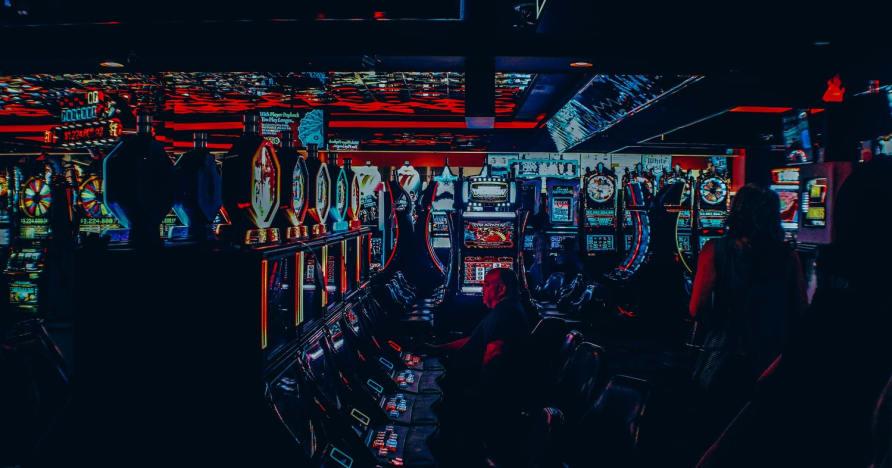 Kas online-kasiinod võivad mängija välja lüüa?